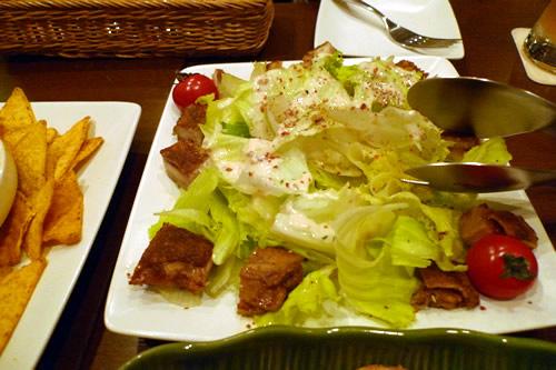 生ビールブログ -とりあえず生!--タンドリーチキンのサラダ