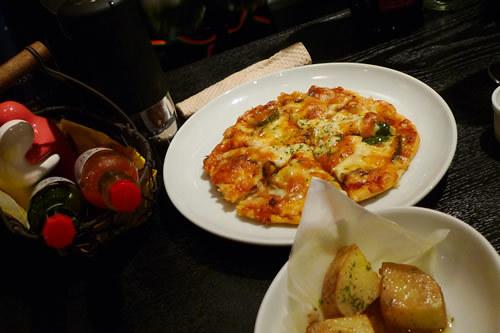 生ビールブログ -とりあえず生!--手作りピザ
