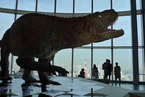 天空の恐竜展