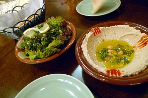 ホンモス ひよこ豆と胡麻ペーストとタブーリサラダ
