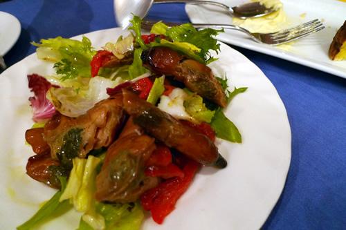 マテ貝の燻製サラダ