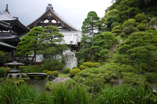お寺のお庭