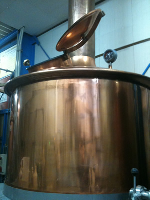 こちらが煮沸タンク。約1000ℓ入ります。