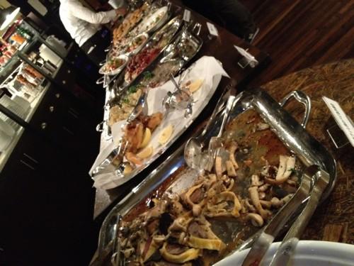 モダフルナイト2011 お食事