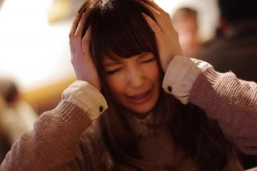 美人×麦酒 悩み中
