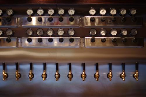 SWANLAKE Pub Edo タップ