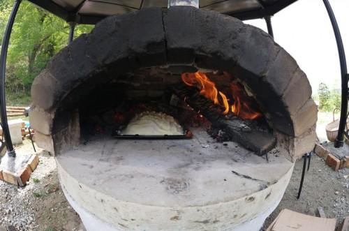 ラム肉の塩釜焼き