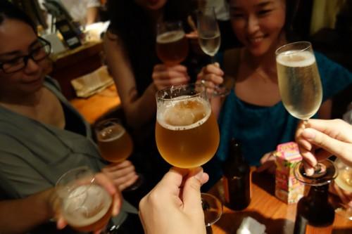 赤坂 泡組ではクラフトビールで乾杯!