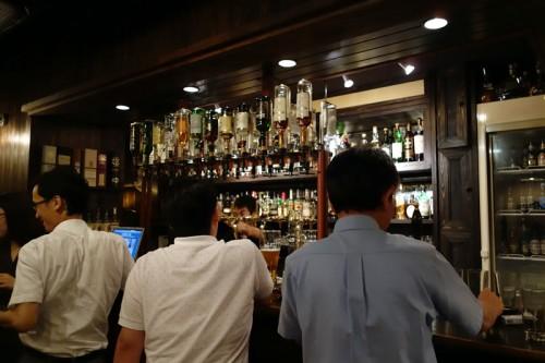 神田MALTAN 店内