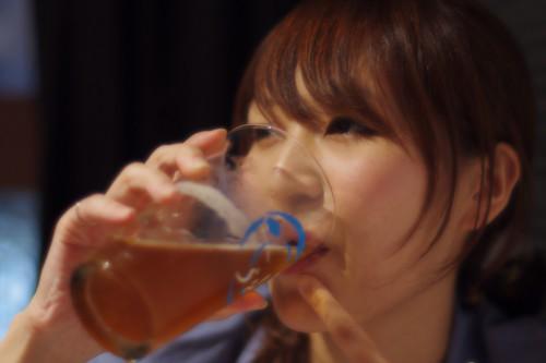美人×麦酒 由香利さん
