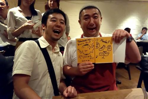 パラダイス山元さんにサインをいただく。