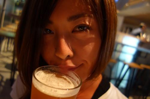 美人×麦酒 ひとみさん