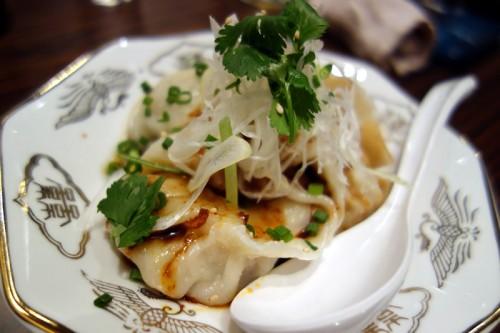 四川辛タレ水餃子