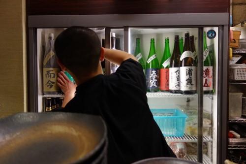 冷蔵庫には日本酒とビール