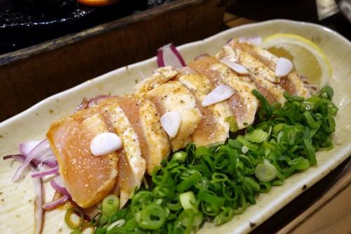 新得地鶏のたたき(にんにく醤油)