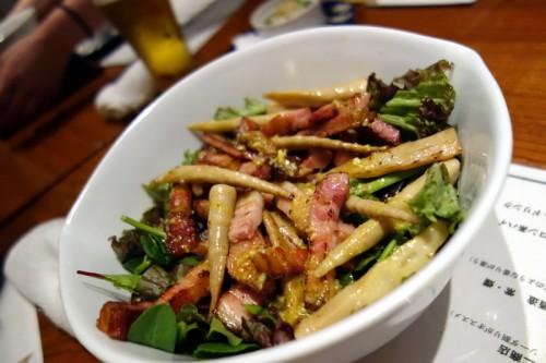 厚切りベーコンと春野菜のシーザーサラダ