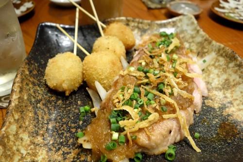 もち豚の肩ロースステーキ シャリアピンソース