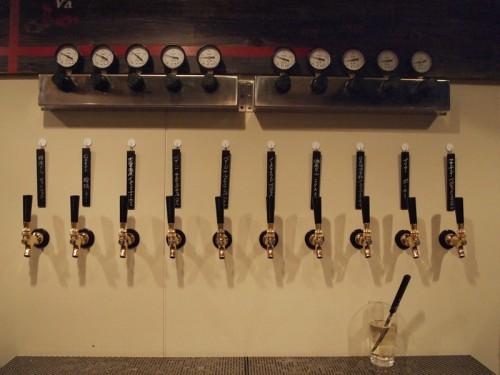 ビールは10タップあります。