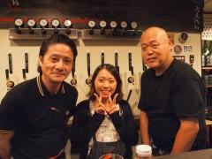 オーナーの岩崎さん(左)と、料理人の前川さん(右)