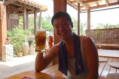 オリオンビールで笑顔