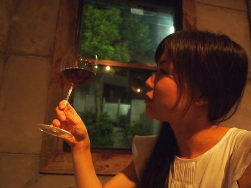 美人×麦酒の先輩 綾子さん