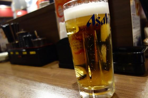 ビールはアサヒ