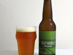 ニュージーランド 8 Wired Brewing Co. Hopwired IPA