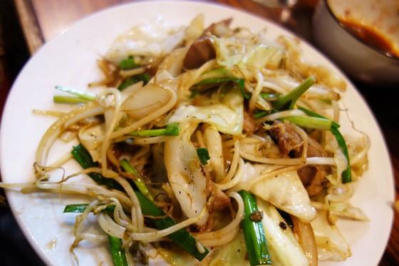 タンと野菜の炒めもの
