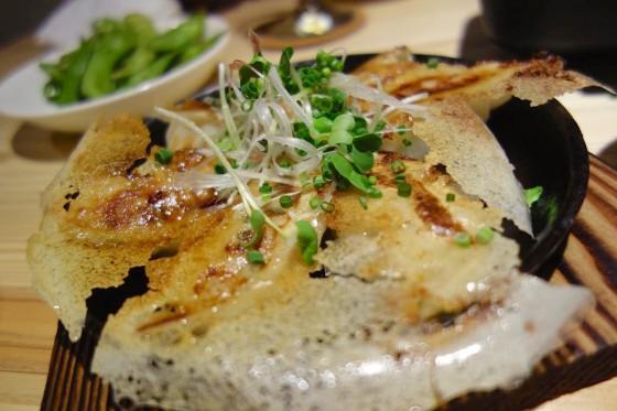 手作り餃子(700円)