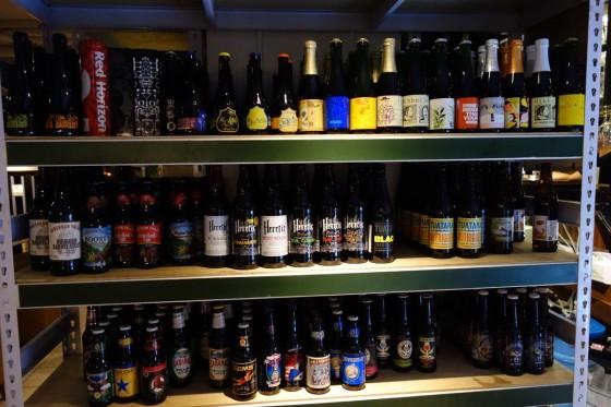 棚に並ぶビール