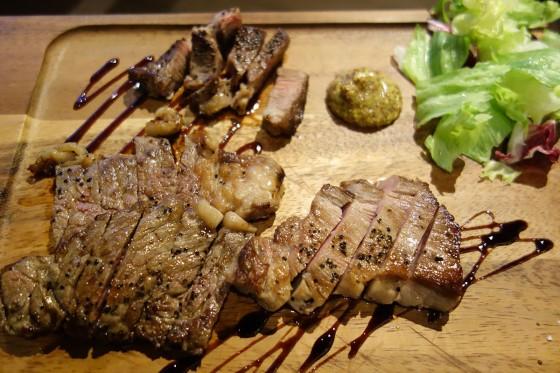 3種のステーキ盛り合わせ(1,980円)