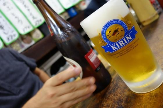 ビールはジョッキも瓶も