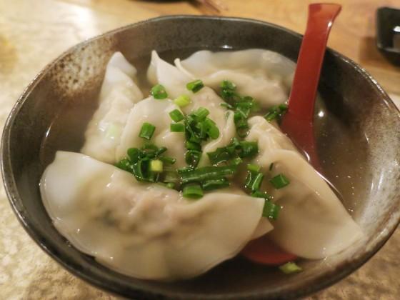 県産豚水餃子(500円)