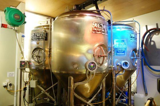 ビールタンク