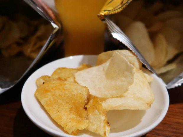 わさび味のポテトチップス