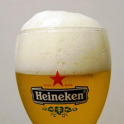 泡までうまそうなビール