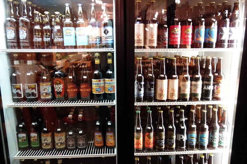冷蔵庫にはいろいろなビール