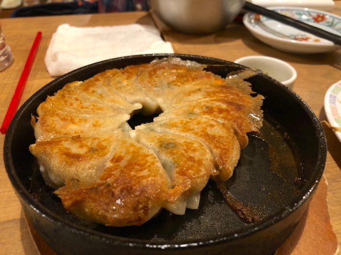 鉄鍋餃子・2人前(580円)