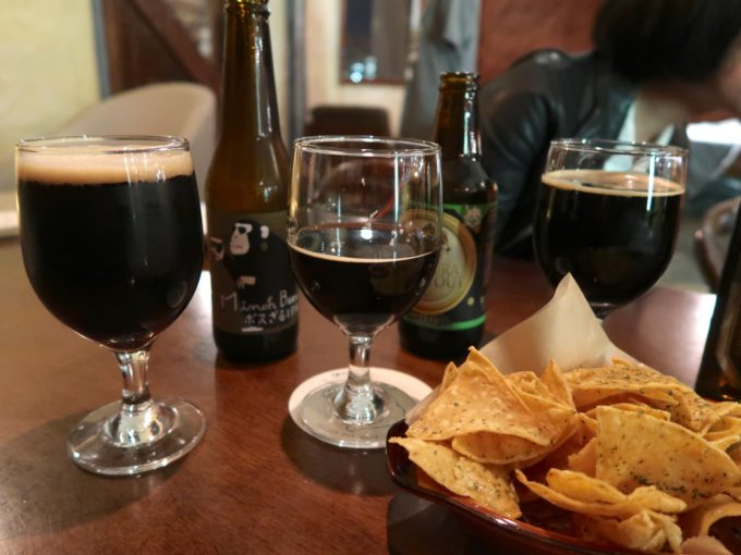黒ビールとトルティーヤ