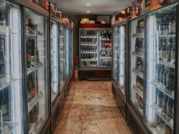 奥にも冷蔵庫