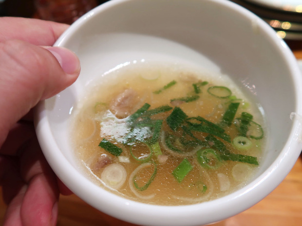 スープも飲み干します