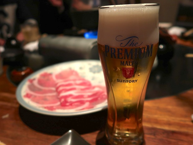 プレミアムモルツと肉