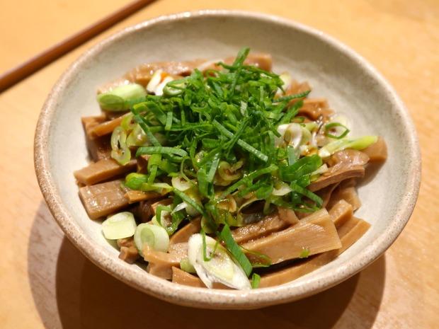 めんまの皿盛(300円)