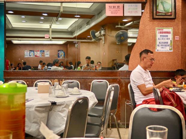 竹園富園海鮮飯店 店内
